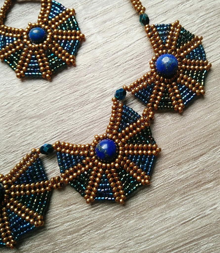 Skarabej ogrlica
